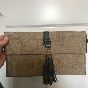 Bags - Clutch / Crossbody
